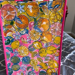 Lilly Pulitzer tote bags